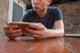 juego movil videojuegos portatil borntoplay actualidad videojuego